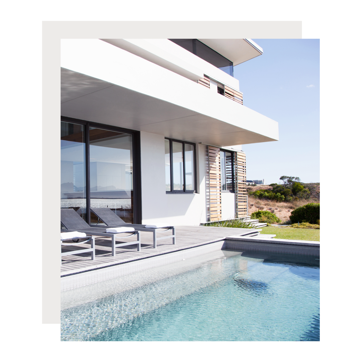 pool and garden management south of France