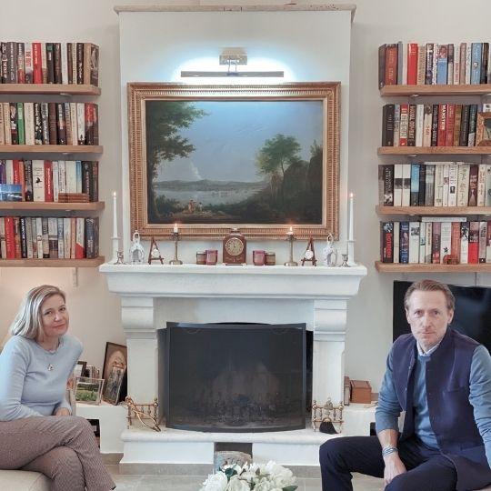 Heather and Johnnie Curwen French Villa Management